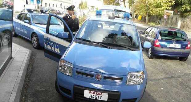 Roma, Commesso Maniaco in Manette
