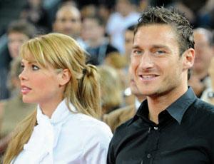 Ilary Blasi e Francesco Totti: Terzogenito in Arrivo