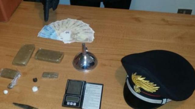 Hashish nelle Mutande: Arrestato 25enne Napoletano