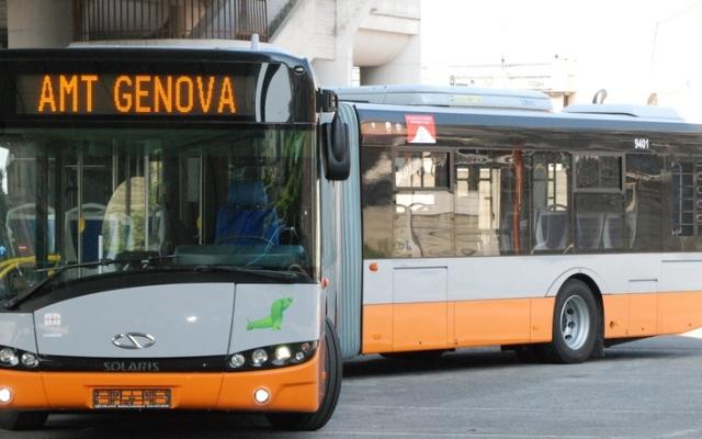 Genova: Pestarono 45enne, Arrestati