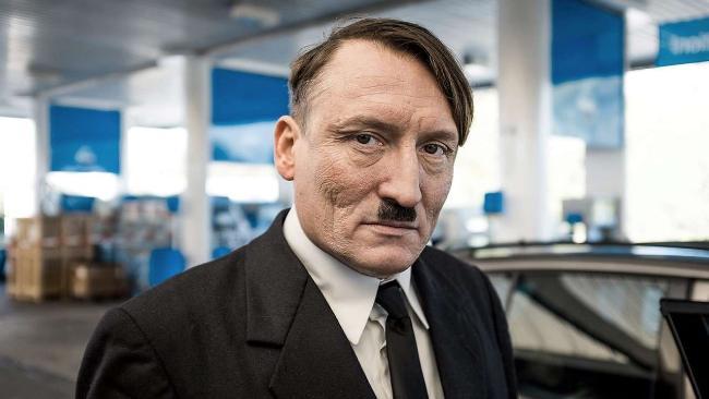 """Lui E' Tornato"", Film su Adolf Hitler"
