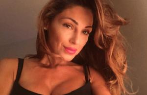 Anna Tatangelo Posa Nuda per Lilt: Polemiche