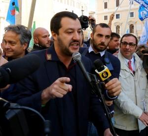 Salvini Propone Reintroduzione Leva Obbligatoria