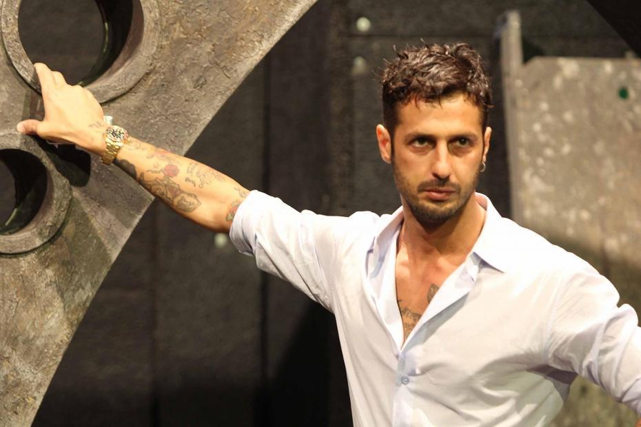 Fabrizio Corona Torna a Casa: Lascia Comunità Don Mazzi