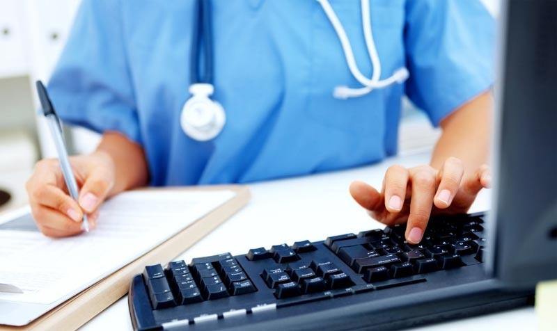 Medico Italiano Sospeso: Non Sa Inglese