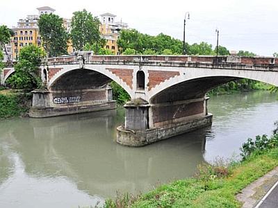 Roma, Cubano Uccide Moglie per Tradimento