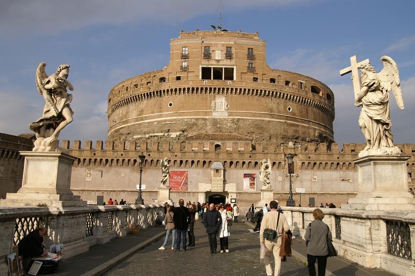 Roma, turisti in calo per psicosi attentati