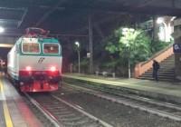 Genova, marocchino ubriaco travolto da treno: salvo