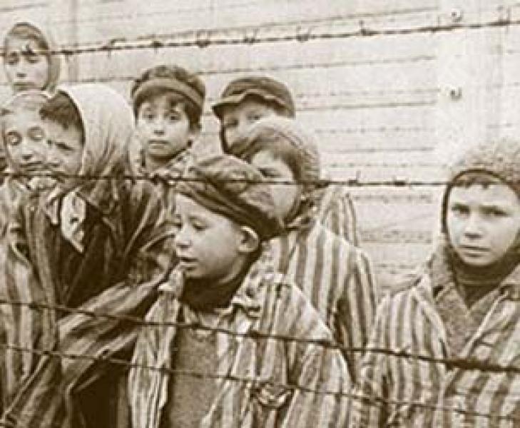 Shoah, 71 Anni fa Russi Entravano ad Auschwitz-Birkenau