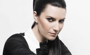"Laura Pausini ricerca fan che ispirò canzone ""Simili"""