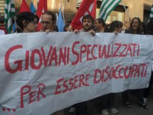 Laureati italiani: uno su 2 lavora dopo 3 anni dalla laurea