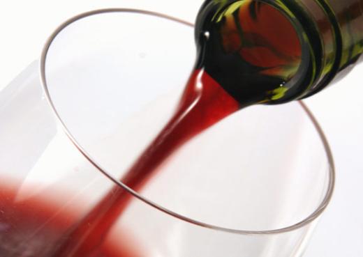 Vino rosso fa male alla salute