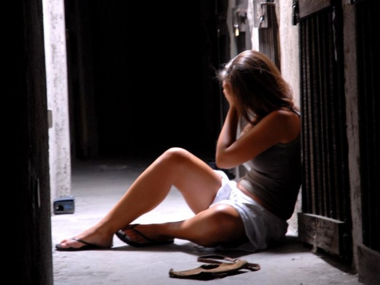 Monza, Prometteva Lavoro e Stuprava Donne