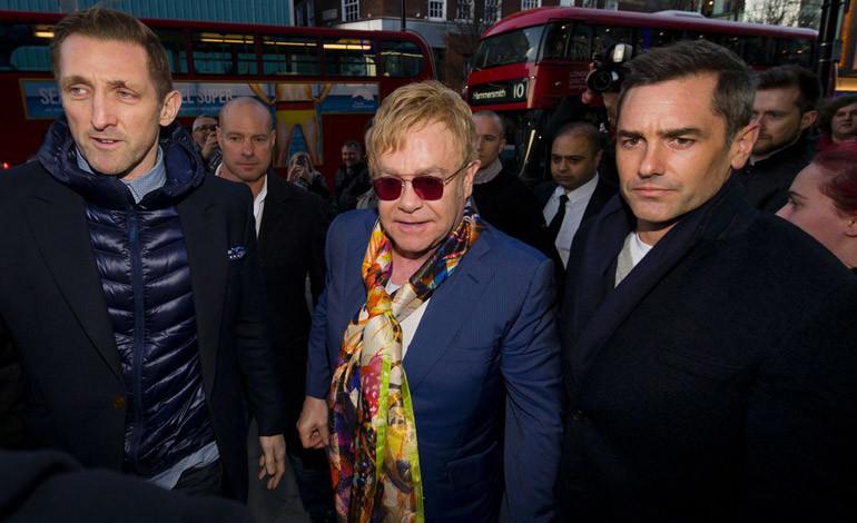 Elton John: Concerto Estemporaneo alla Stazione St Pancras di Londra