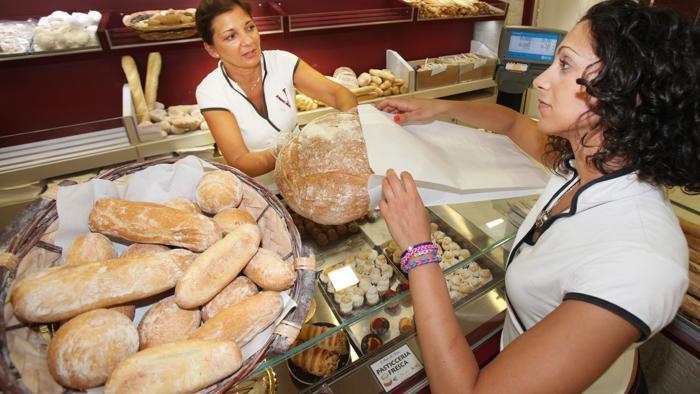 Famiglie Italiane Acquistano meno Pane