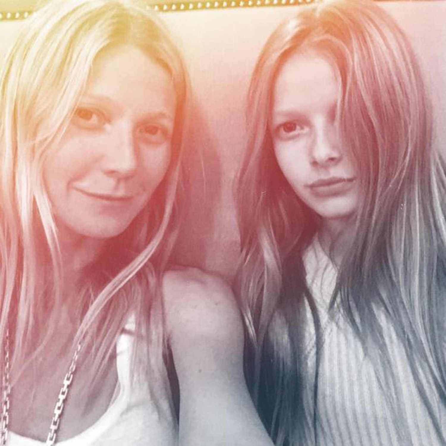 Gwyneth Paltrow ed Apple Sembrano Gemelle: Scatto su Instagram