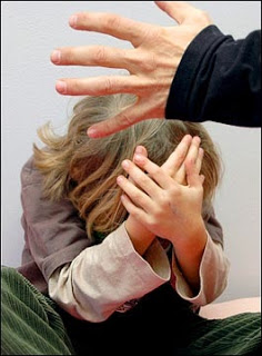 Maestra Violenta Offendeva e Picchiava Alunni Scuola Materna