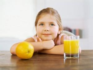 Succhi di frutta pieni di zuccheri