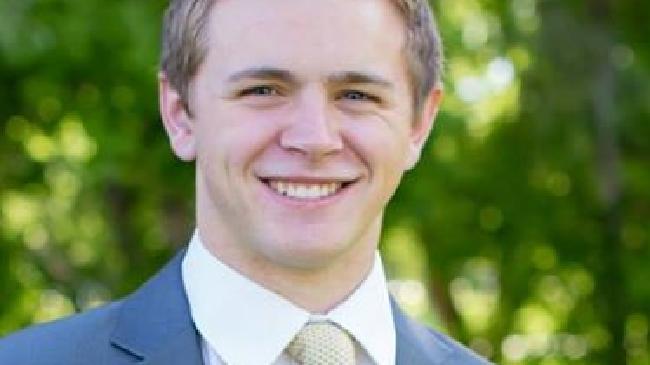 Mason Wells sopravvissuto a 3 attentati terroristici