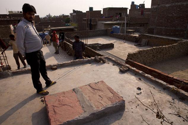 India, Morta 15enne Stuprata e Bruciata