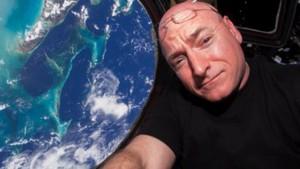Astronauta Scott Kelly più Alto dopo Periodo su ISS