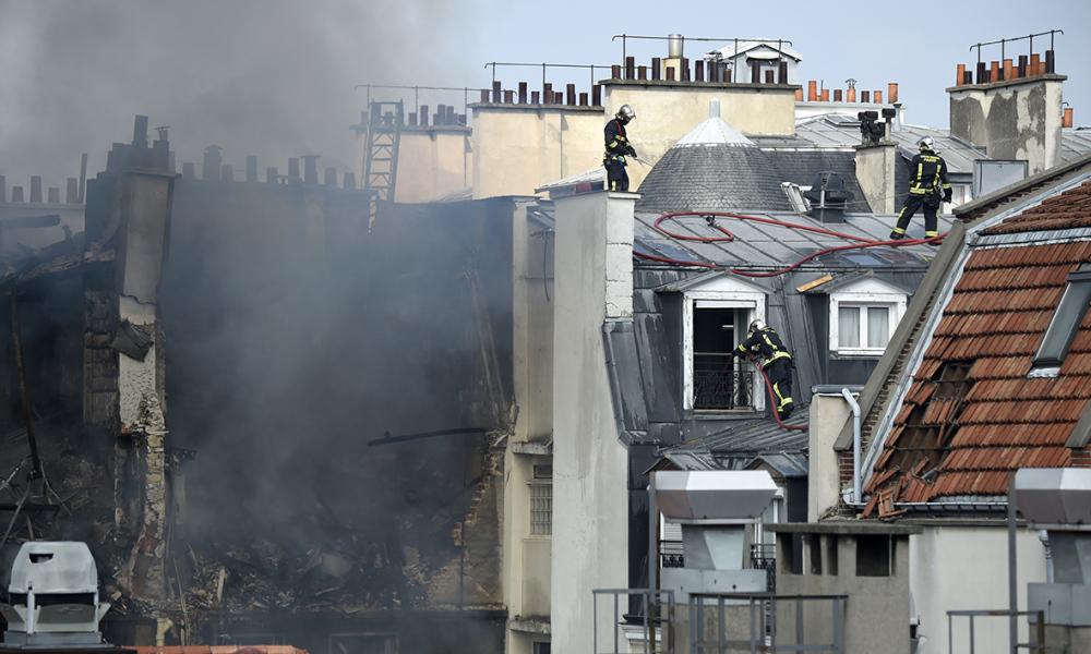 Parigi: crolla edificio per fuga di gas