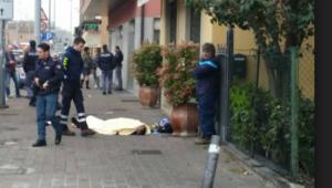 Bologna, postino morto per strada
