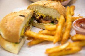 Cibo dei fast food pieno di ftalati