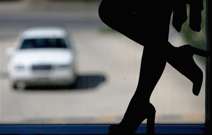 Contrasto tratta prostituzione