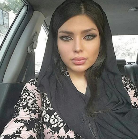 Senza velo su Instagram: modelle iraniane arrestate