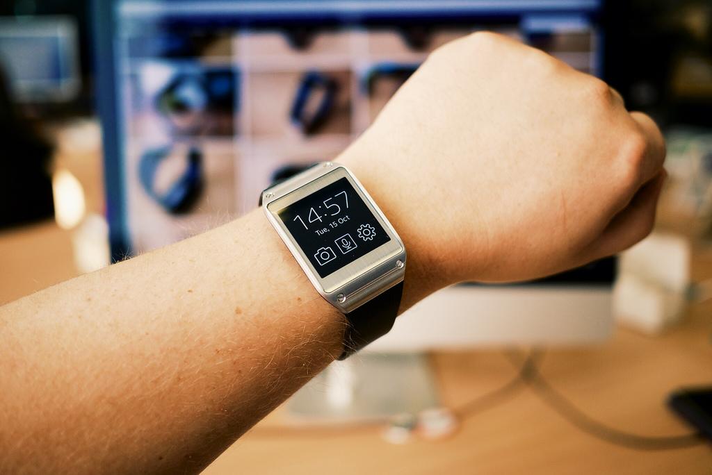 Smartwatch: pelle al posto del display