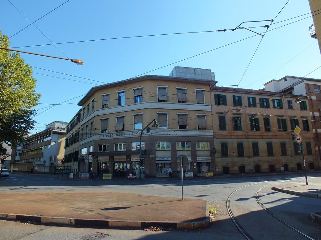 Torino: bimba presa a bastonate da nigeriano