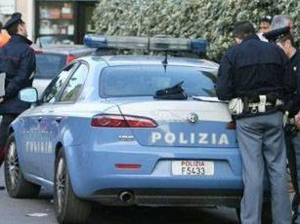 Roma, tenta di strangolare neonato: arrestato