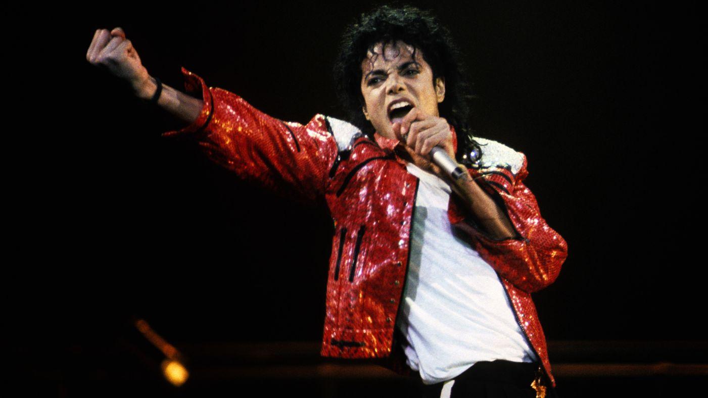 Michael Jackson: materiale compromettente nella sua villa