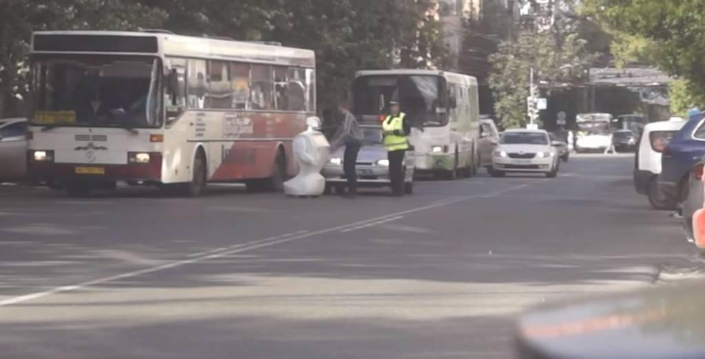 Russia, robot fugge da laboratorio