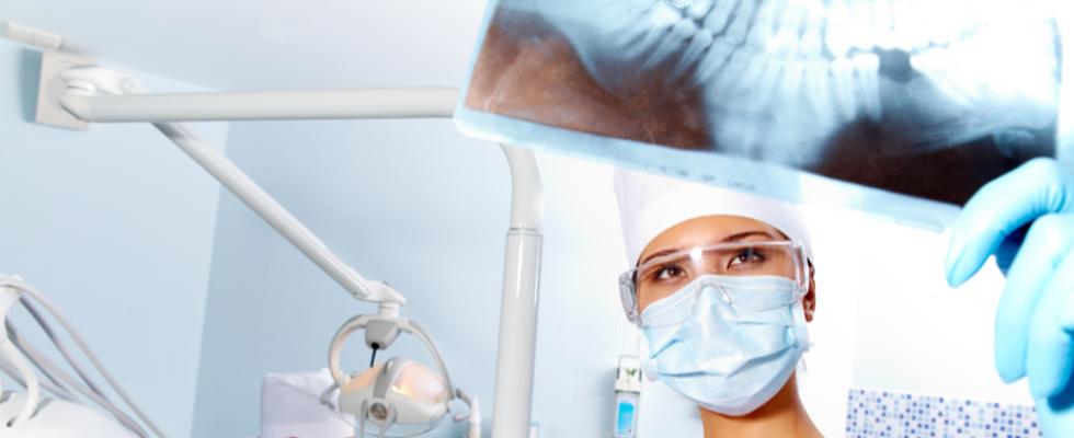 Protesi dentarie fisse o mobili