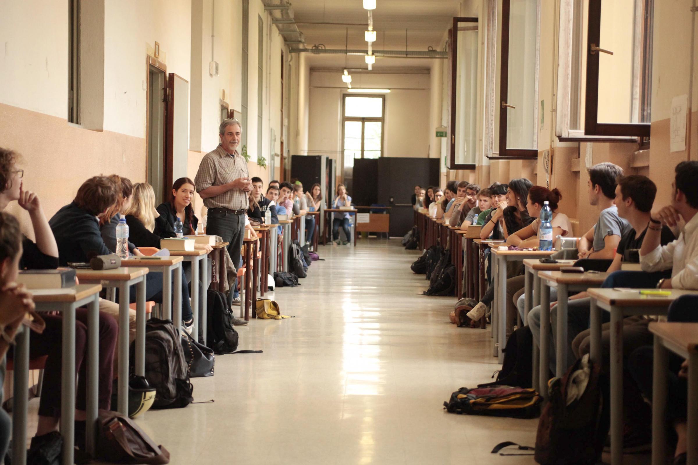Esami di maturità 2016: prima prova, c'è Umberto Eco