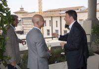 Amazon, Jeff Bezos in Italia: incontro con Matteo Renzi