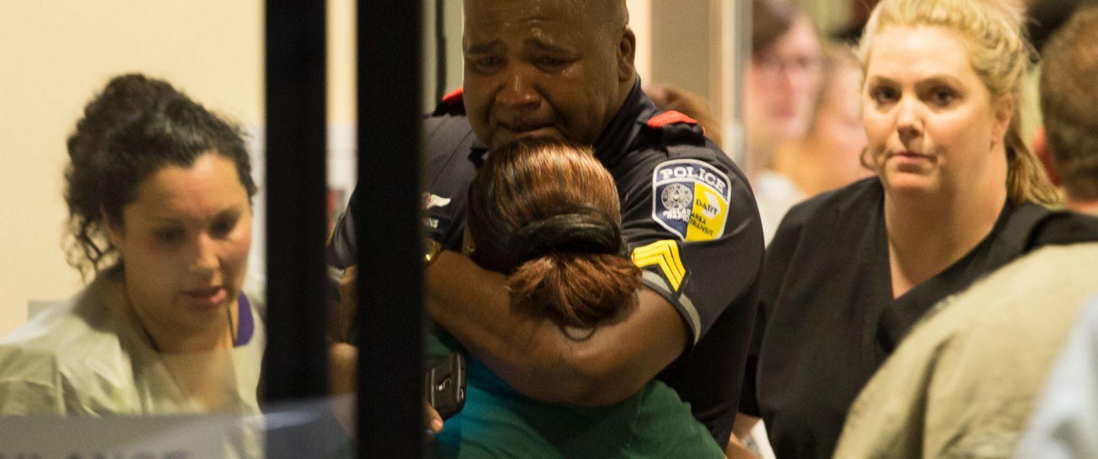 Dallas, poliziotti uccisi da uomo che odiava i bianchi