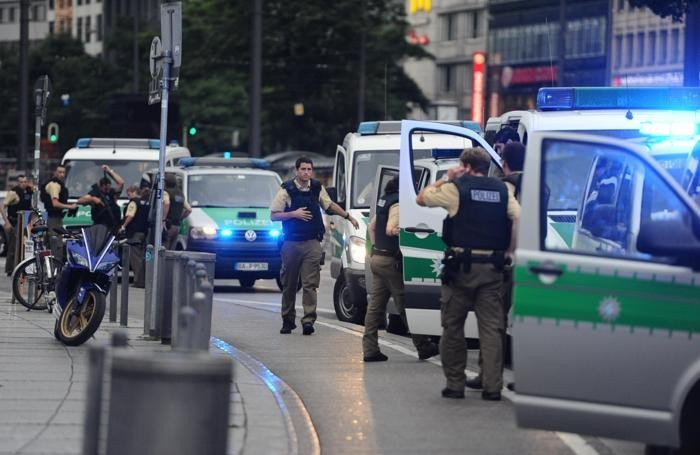 Attentato a Monaco: morti 5 minorenni