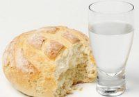 La Germania sollecita i cittadini ad acquistare l'acqua e il pane