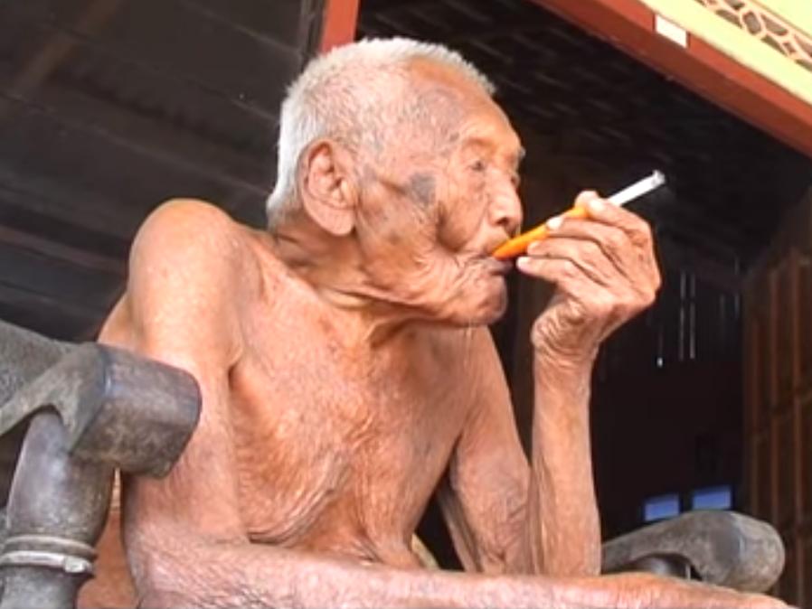 L'uomo più vecchio al mondo ha 175 anni: Mbah Gotho vive in Indonesia