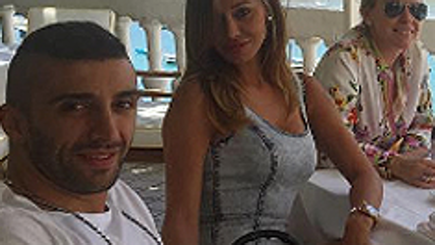 Andrea Iannone smentisce flirt con Belen Rodriguez