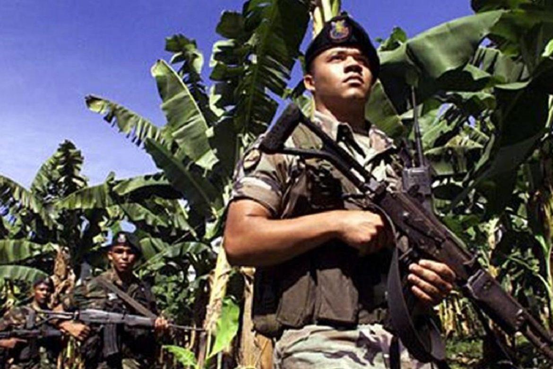 Colombia, volontari Comunità Papa Giovanni XXIII dialogano con paramilitari