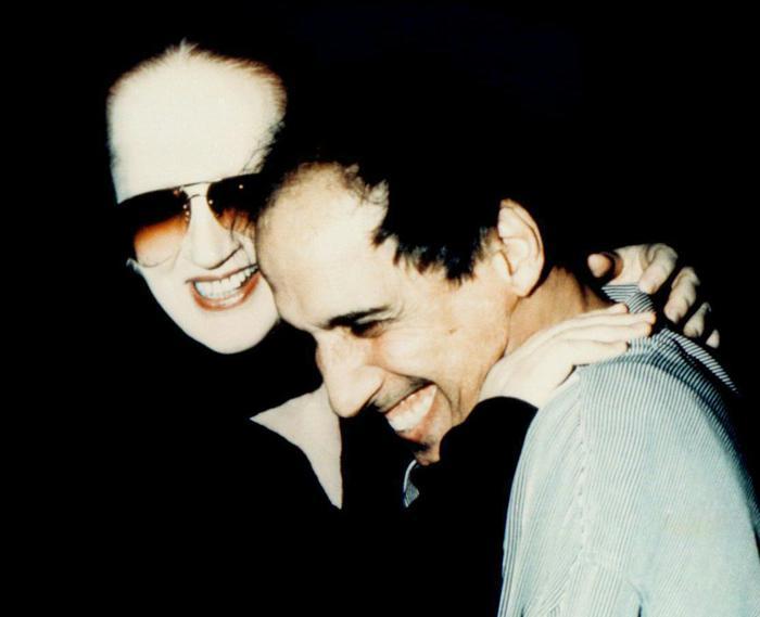 Duetto Mina Celentano dopo 18 anni, Amami amami scritta da Riccardo Sinigallia