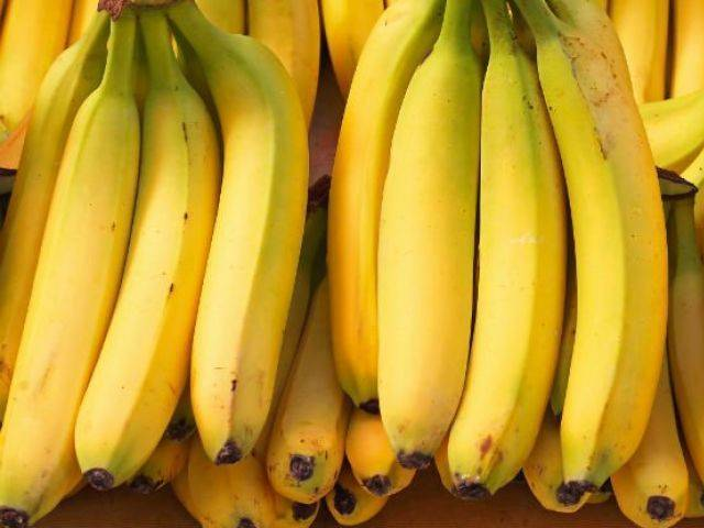 Alghero, parroco denuncia ladro per furto banane