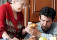 Troppi giovani italiani non lasciano i genitori