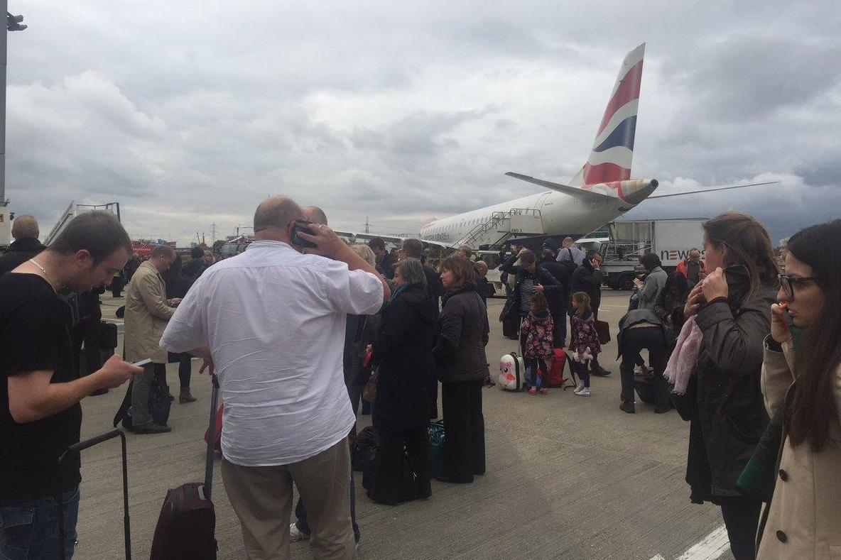 Londra: London City Airport evacuato per incidente chimico