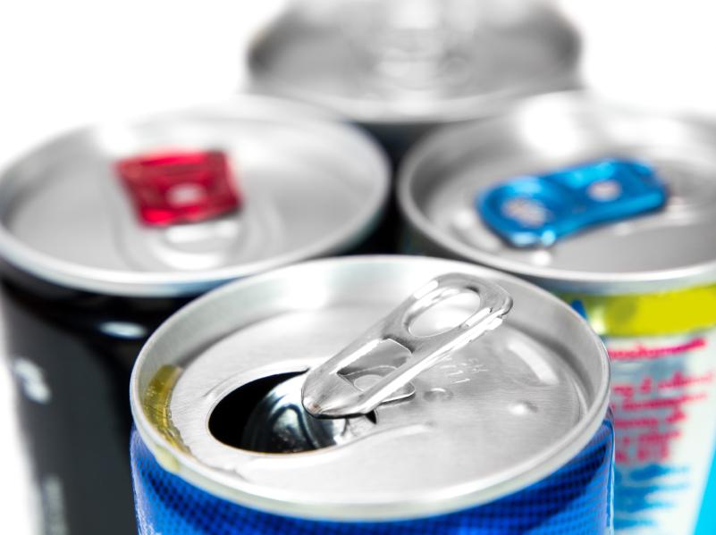Energy drink: effetti analoghi alla cocaina se contengono alcol