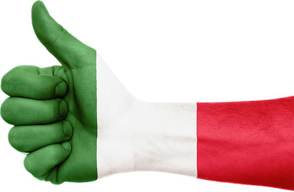 Difendere lingua italiana eliminando termini stranieri dalle leggi